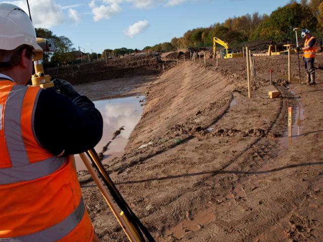 Разбивочные работы, геодезия участка для строительства жилого дома