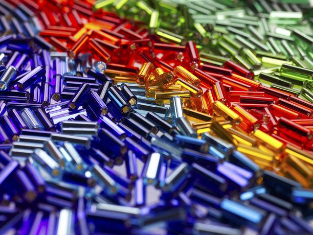 Разноцветный стеклярус
