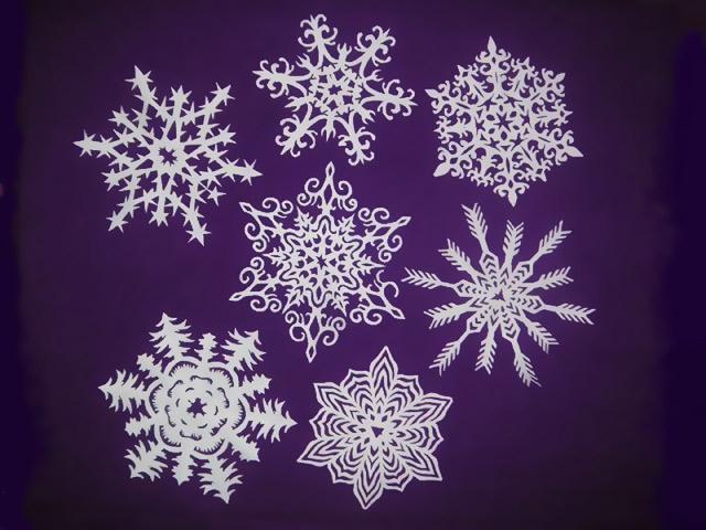 Приклади готових сніжинок