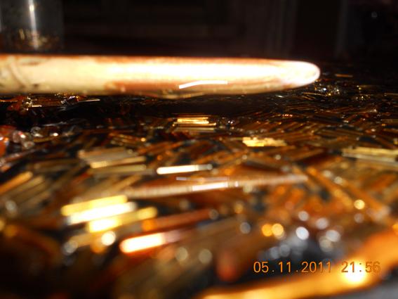 Виравніваем шар епоксидного клея