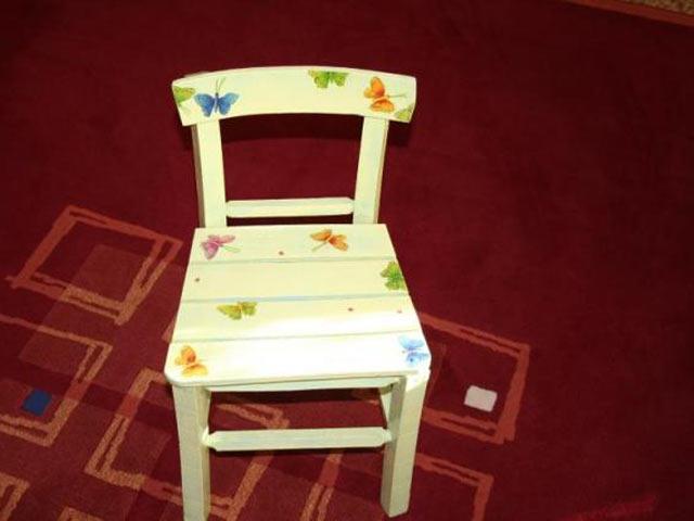 Декупаж на стільці