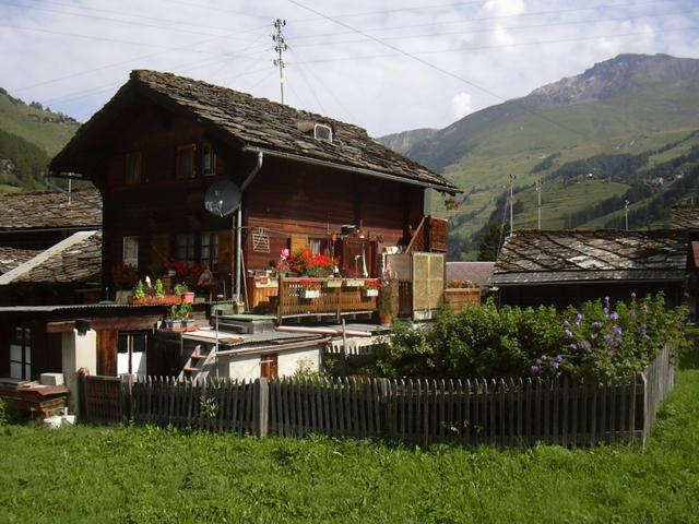 Домик-шале в горах