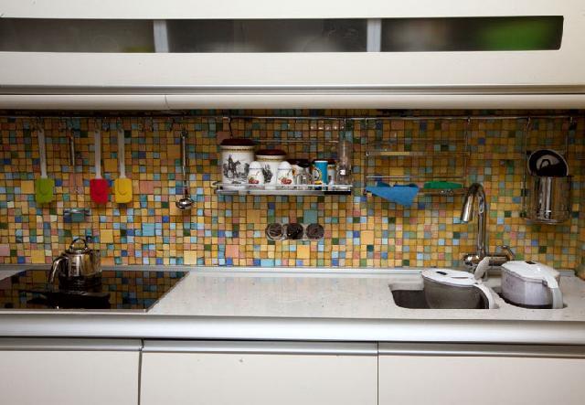 Кухонний фартух задає стиль інтер'єру