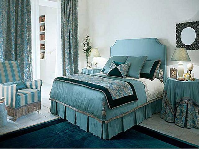 Небесно-голубая спальня