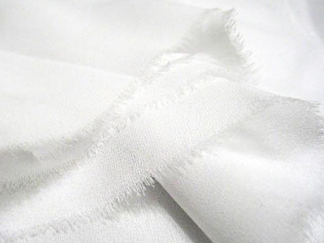 Белый батист для платка