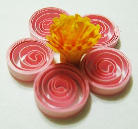 Вариант цветка с лепестками «спираль»