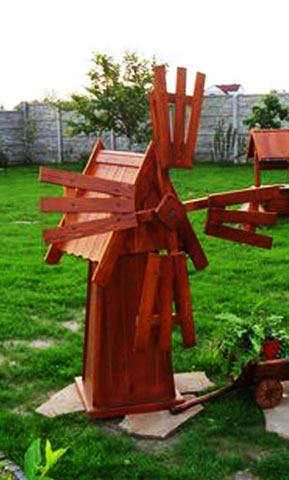 Готовая деревянная мельничка