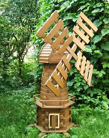 Садовая мельница