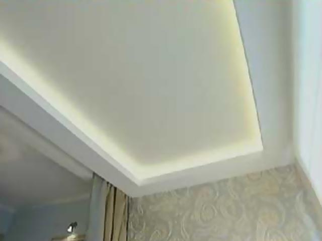 Вариант потолка для маленькой комнаты