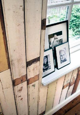 Пример деревянных обоев в интерьере кабинете