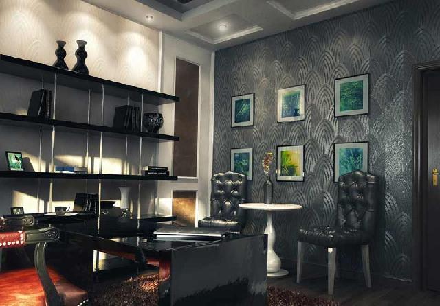 Поперечная стена в кабинете оклеена темными обоями, а продольные — светлыми с такой же текстурой, что позволяет визуально удлинить помещение