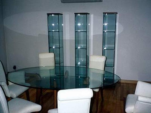 Стекляні мебелі