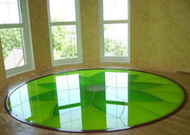 Скляна підлога