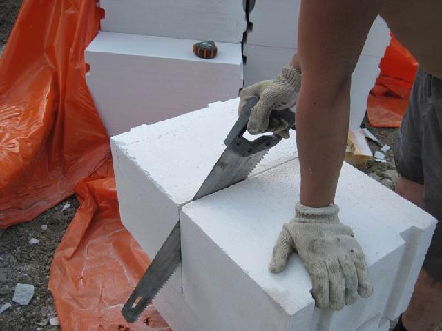 Преимущества применения газобетонных блоков