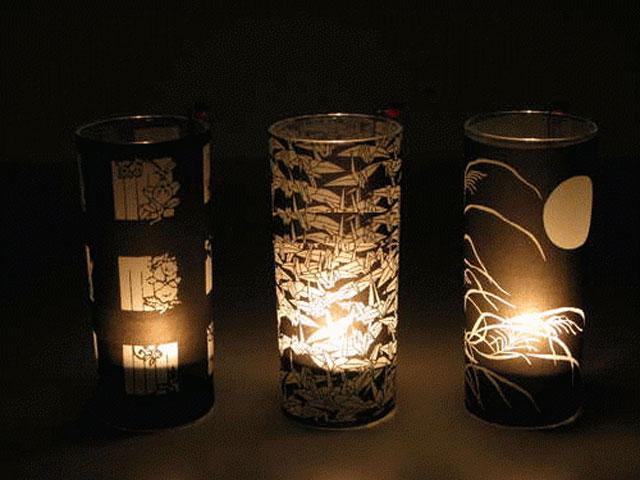 Подсвечники из стаканов, обернутых копировальной бумагой