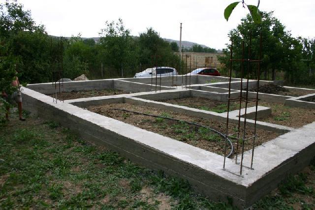 Приклад будівництва фундаменту