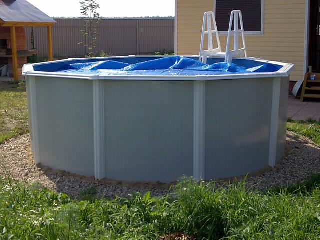 Установленный бассейн