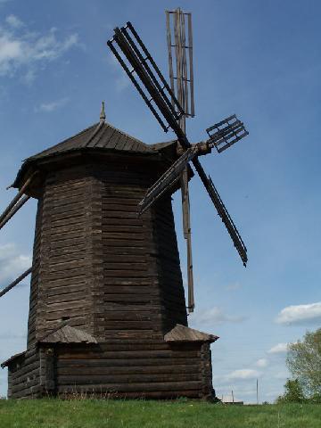 Форма лопастей старинных ветряных мельниц является неэффективной