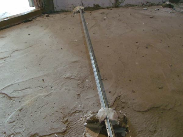 Установка маяков для стяжки на алебастр