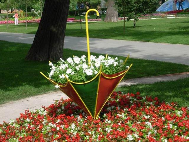 Прикраси що зіпсують ваш сад