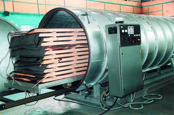 Сушка деревини для меблів в сушильній камері