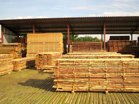 Сушка деревини для меблів на повітрі