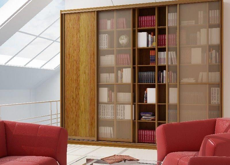 Шафа-купе із скляними дверима для зберігання книг