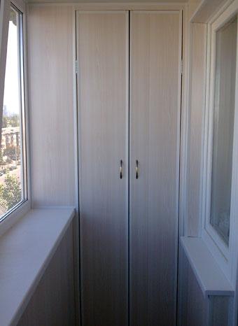 Шкафы из панелей.