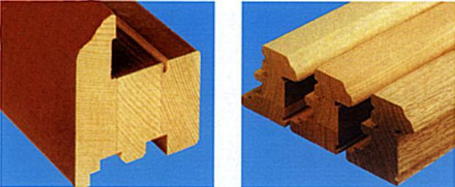 Рама деревянного окна до и после покраски
