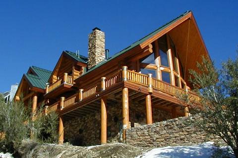 Одним из основных преимуществ в выборе деревянного дома является то...