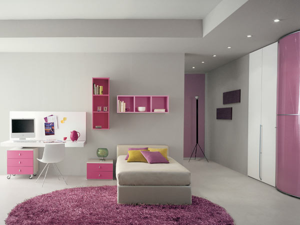 Вариант оформления комнаты для девочки-подростка — просматриваются элементы минимализма