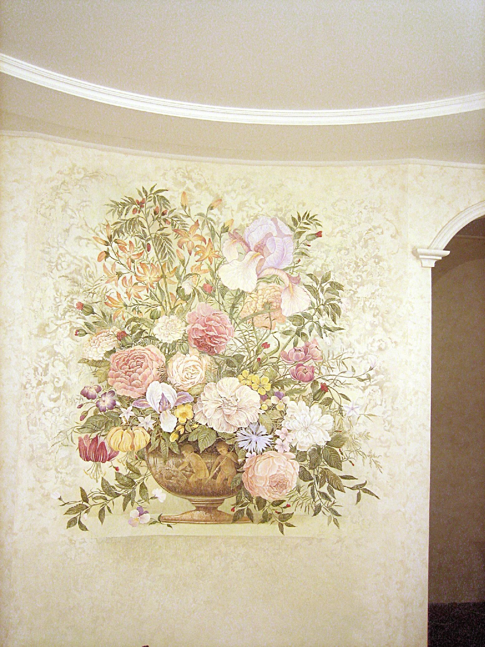Роспись стен прекрасно дополнит интерьер гостиной