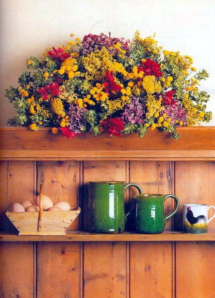 Обязательно наличие цветов на кухни