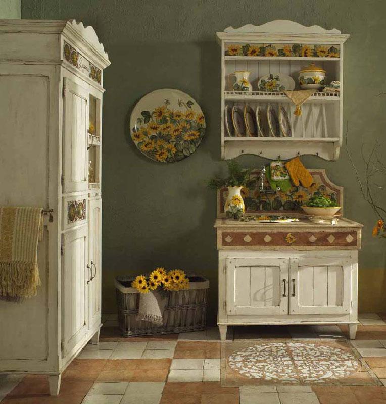 Пример искусственно состаренной мебели прованс для кухни