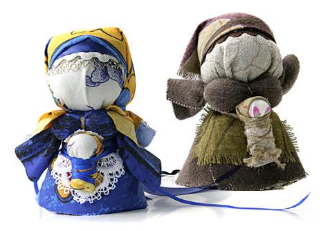 Кукла-берегиня – один из главных декоративных элементов кухни в украинском стиле