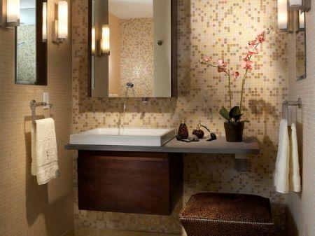 Настенная мебель, шкафчик с зеркальной дверцей помогут экономить ценное пространство