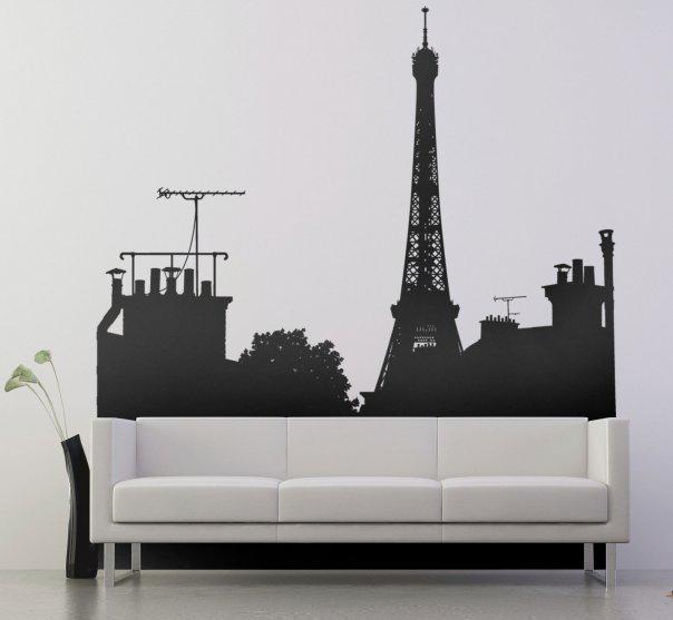 Пример оклеивания стен черно-белой наклейкой