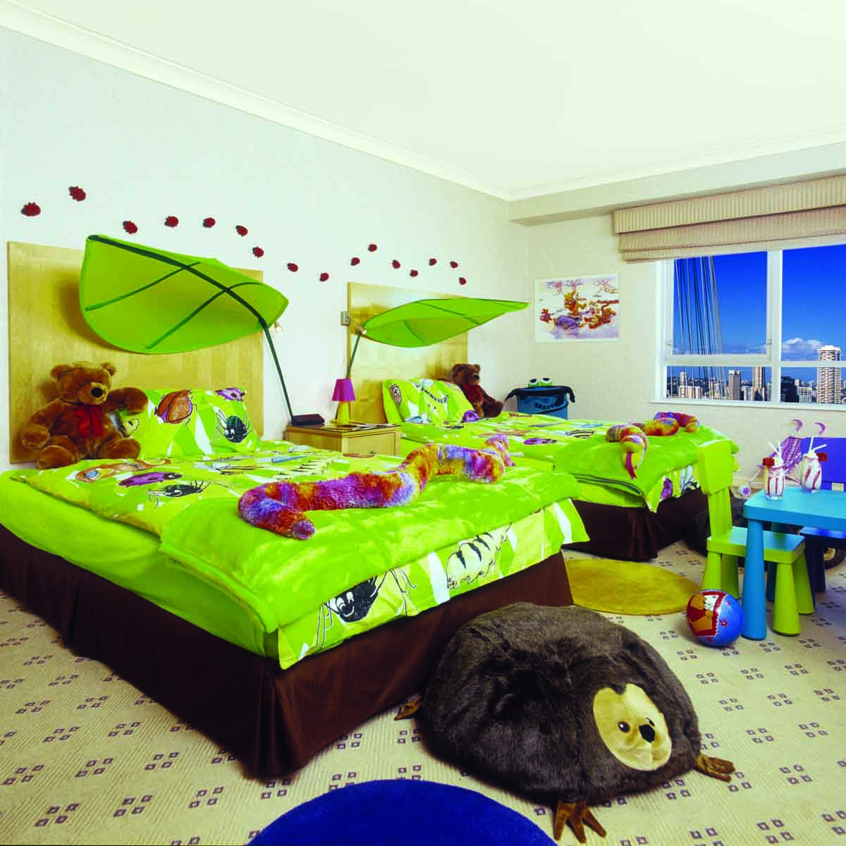 Приклад дитячої кімнати в якій немає