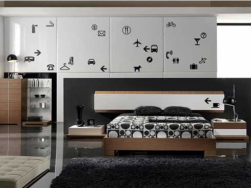 Пример спальни, обставленной мебелью с нестандартными рисунками под заказ