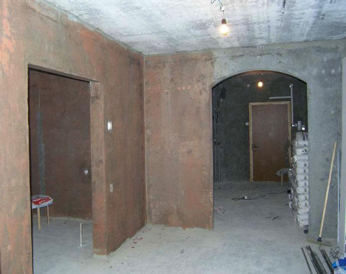 При перепланировке квартиры в студию несущие перегородки сносу не подлежат