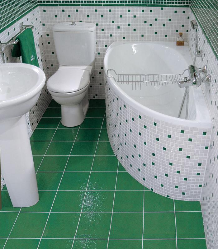 В ванной комнате хрущевки хорошо использовать мозаику