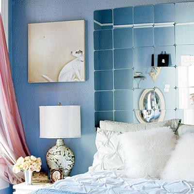Дзеркальна плитка в спальні
