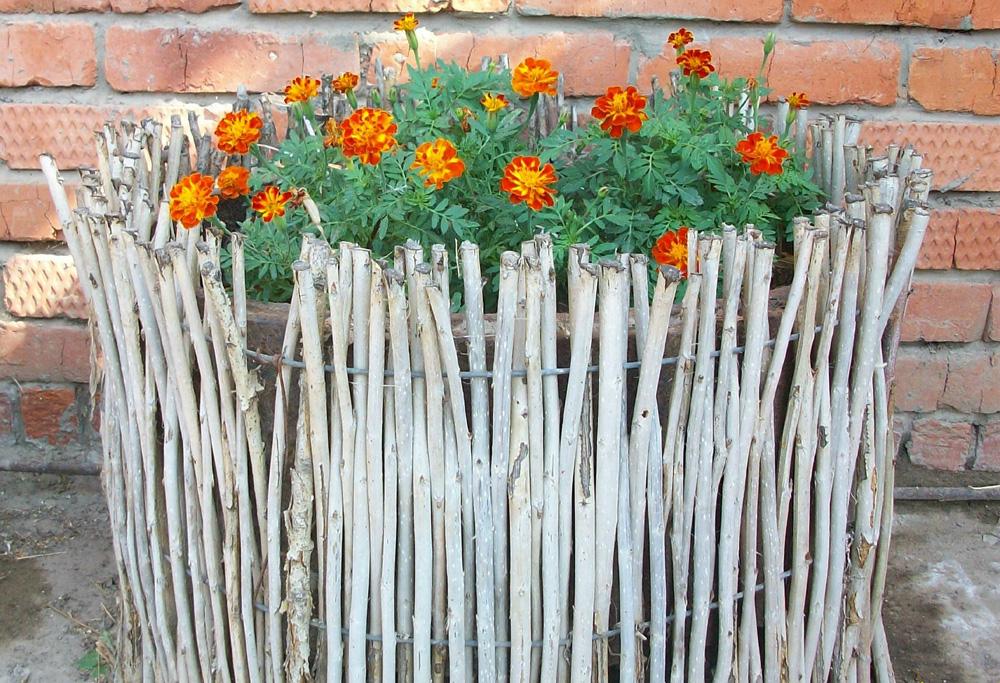 Декоративный заборчик для цветов