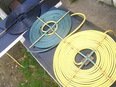 Садовий шланг можна використовувати для сонячного колектора