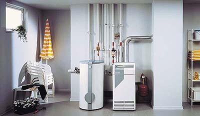 Наша компания вот уже 10 лет как осуществляет установку систем отопления квартиры и частных домов в Киеве.