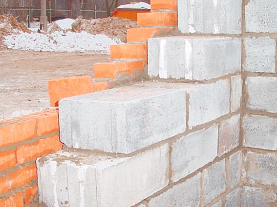 Газобетон - это наиболее популярный строительный материал, что сегодня очень широко применяется в процессе возведения...